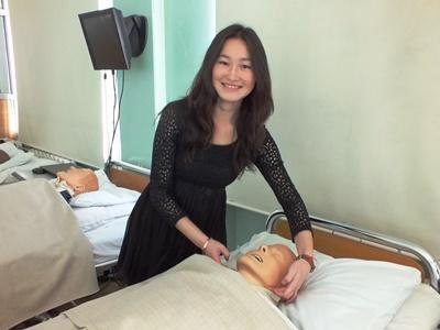 モンゴルで医療インターン中の日本人