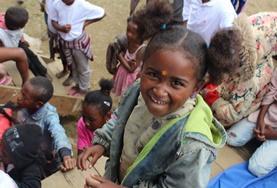 ケアボランティア マダガスカルの児童たち