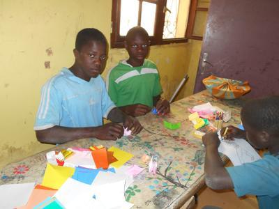 子どもたちとのコミュニケーションで役に立った日本人ならではの折り紙
