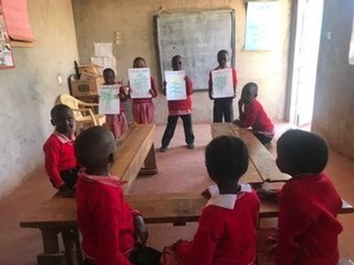 ケニアの子どもたちに愛情を持って接した教育ボランティア