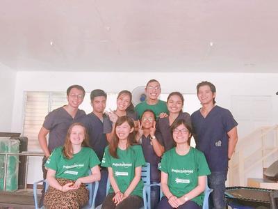 公衆衛生活動を行うために世界中からフィリピンへ集まってきたボランティアたち