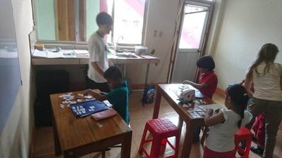 教育プロジェクトで子どもたちに教えた英語