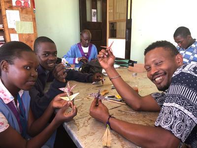 日本の文化紹介も行ったタンザニアでの異文化交流