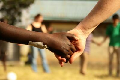 海外でのボランティア休暇を通してできる貢献
